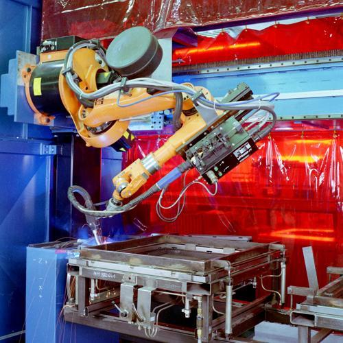 AP8467_02b_Fett_Welding_Machine_Tool_Doors_web